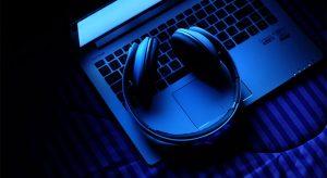 PostImage Top4SongstoListentoWhileGamblingOnline Headset 300x164 - PostImage-Top4SongstoListentoWhileGamblingOnline-Headset